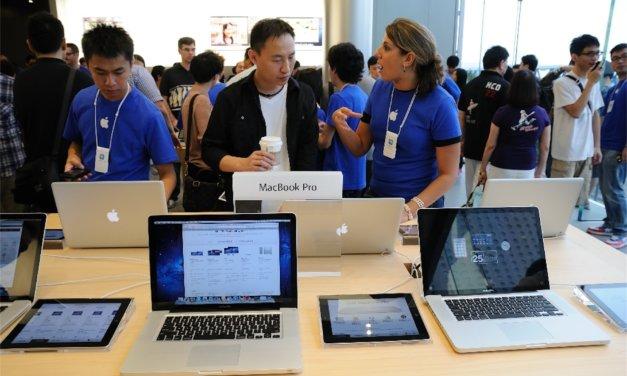 Apple reklamuje pracę u siebie.
